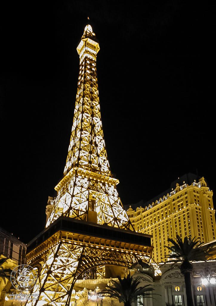 Replica of the Eiffel Tower straddling entrance to Paris Casino in Las Vegas, Nevada.