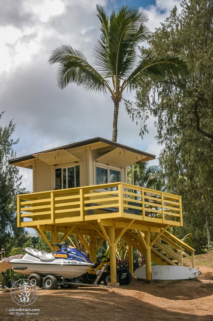 Lifeguard shack at DT Fleming Beach Park on Hawaiian island of Maui.
